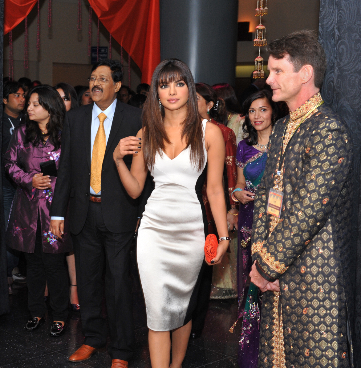 Priyanka Chopra, organ donation, Dr. Chris Barry, bLifeNY, #WLY, transplantation, Bollywood, #drbarryindia